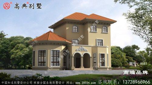 漂亮的三层楼的家居设计